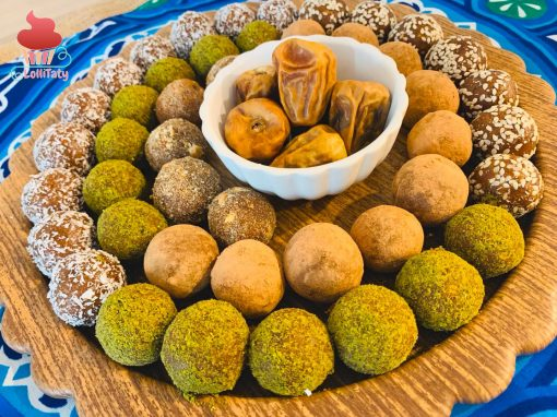 Date balls with coconut